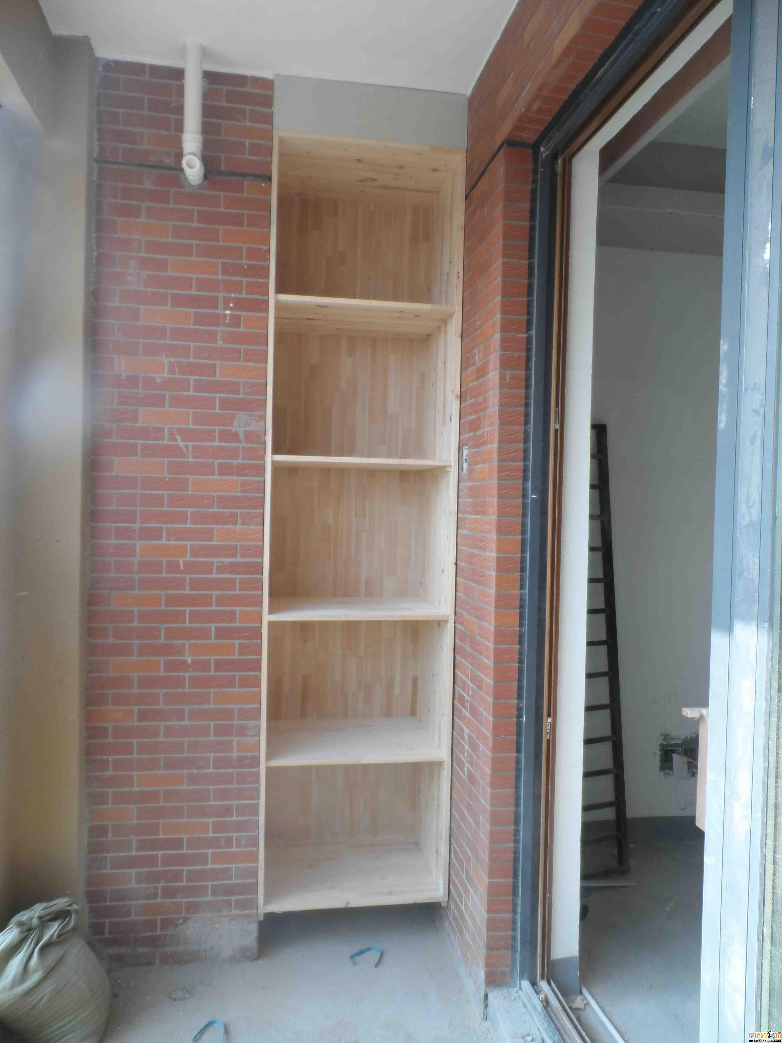阳台的小柜子
