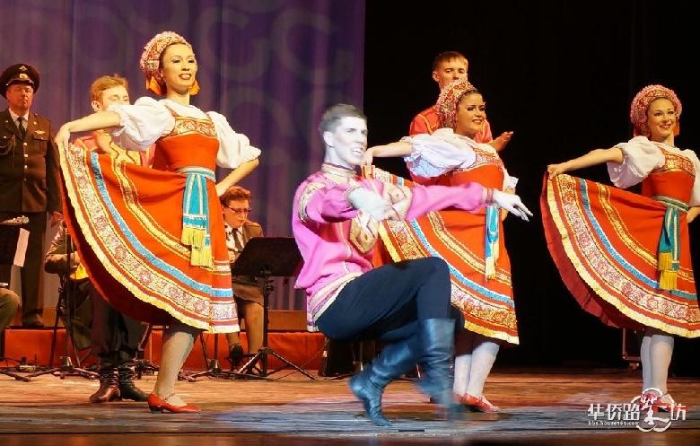 俄罗斯红星歌舞团在南京的演出 二