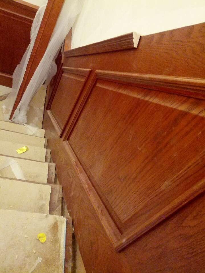 别墅水泥楼梯基础铺楼梯踏板护墙板