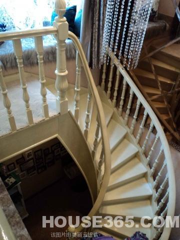 南北朝向省空间欧式楼梯图片