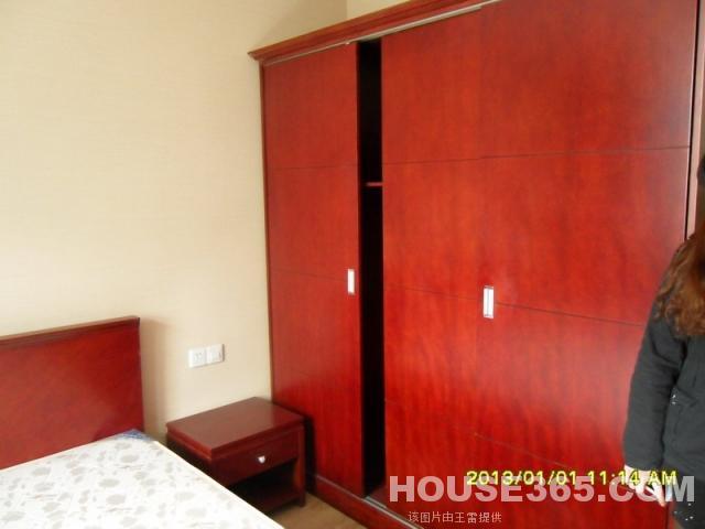 中央北路五塘广场单身公寓单室套有电梯精装修拎包入住设