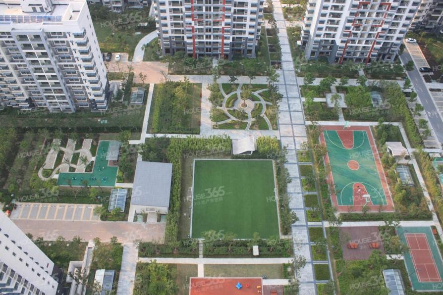 新加坡尚锦城2室1厅1卫56.41平产权房满五唯一