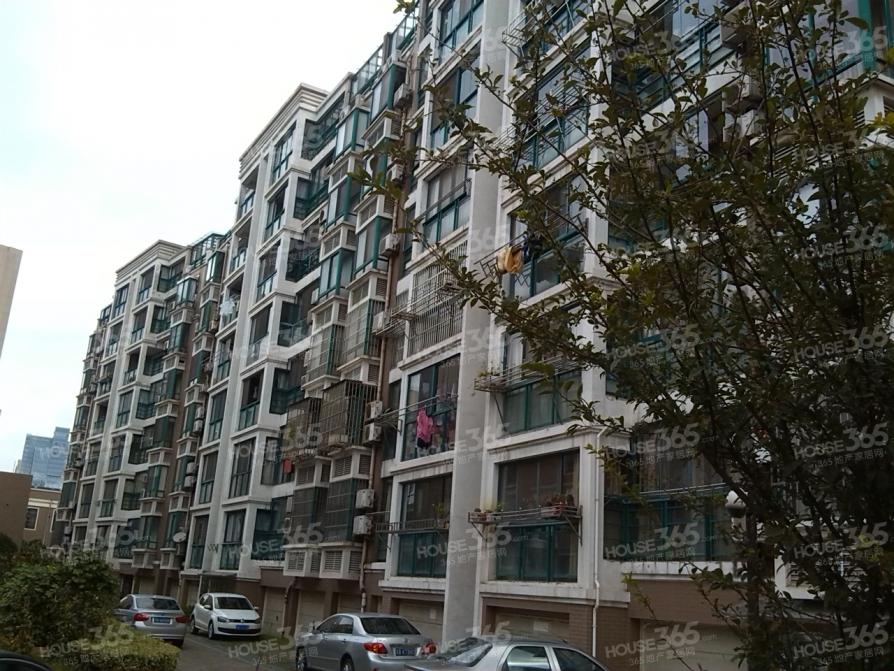 东亭乐购旁,华夏春晓,精装一房,中等楼层,总价低急售