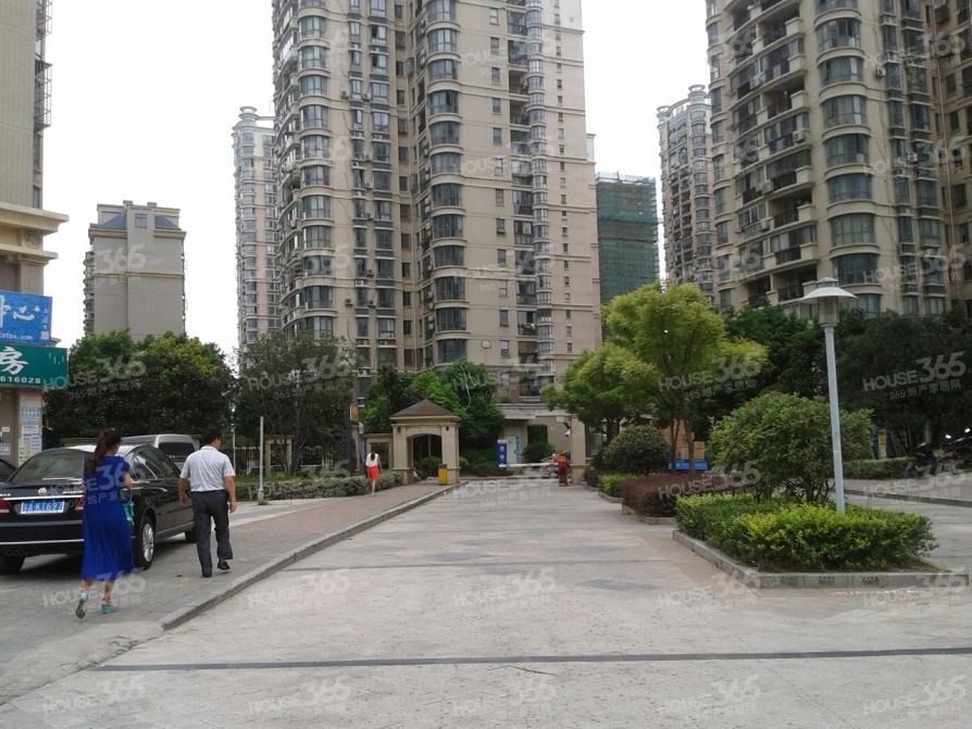 明发滨江新城250幢商铺346室52平米85万