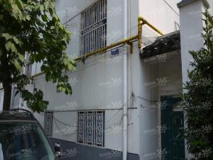 内马路小区3室1厅1卫76.43�O1996年满两年产权房中装