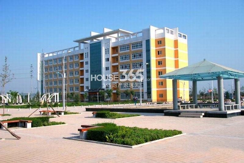 德杰国际城周边-陕西中医学院